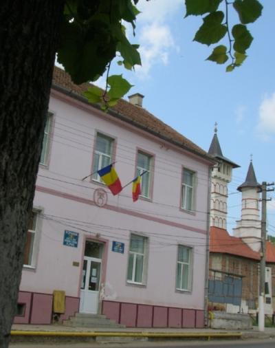 Anunt privind stabilirea locurilor speciale pentru afișaj electoral în vederea desfășurării alegerilor pentru Președintele României din anul 2019