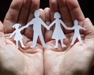 INFORMARE – OBLIGAȚII TUTORE/PĂRINȚI CARE PLEACĂ LA MUNCĂ ÎN STRĂINĂTATE